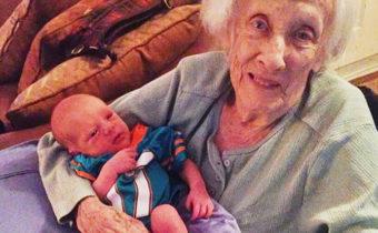 Весёлая история о прабабушке и её маленькой правнучке