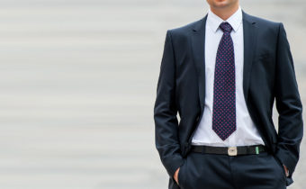 Как определить характер мужчины по цвету его рубашки или галстука