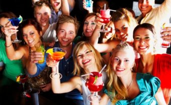 Отношение к алкоголю у разных знаков зодиака