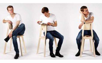 Поза, в которой сидит человек может многое рассказать о нем