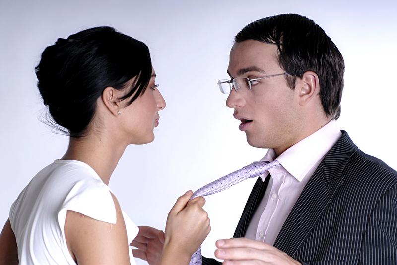 Как привлечь мужчину, не навязываясь: 11 секретов