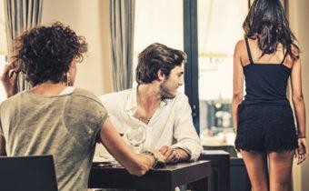 Какие сигналы языка тела, говорят о том, что партнер может вам изменять
