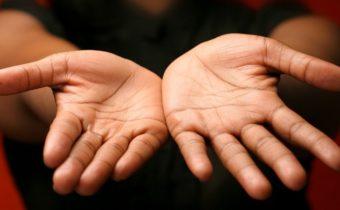 Гадание по руке: значение линий