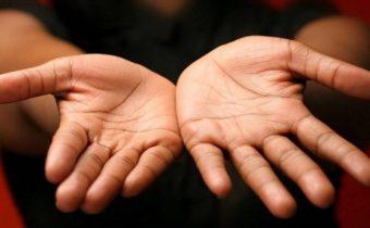 Как узнать характер и энергетику человека по его рукам
