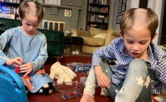 10 случаев забавного поведения детей, которые не перестают нас веселить